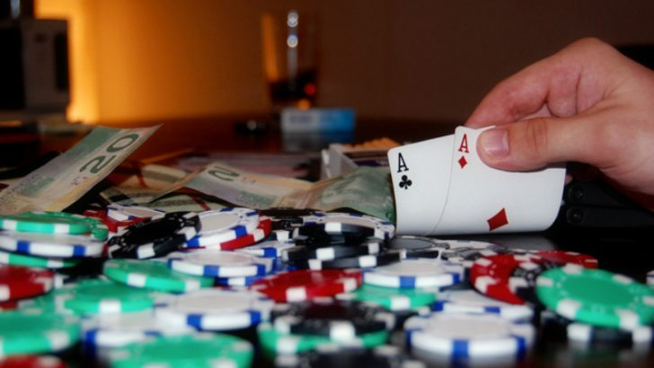Poker Nights Image Credit FReeimages.com/Anton U......