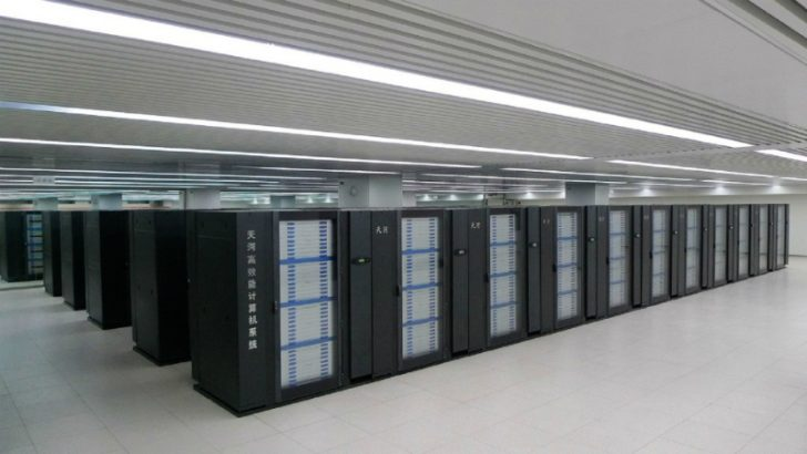 Image of Tianhe-1, the next generation will be exascale. Source National Computer Centre in Tianjin (China)
