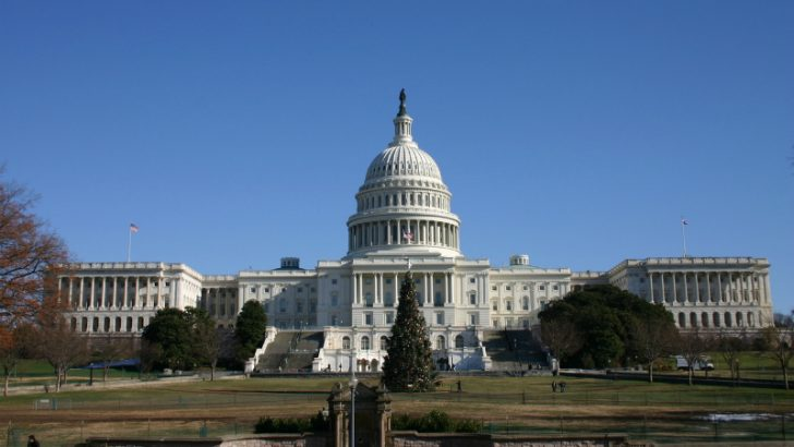 US Capitol Building, CenturyLink targets government spending by adding IaaS service to GSA Network (Source Freeimages.com/Ben Shafer