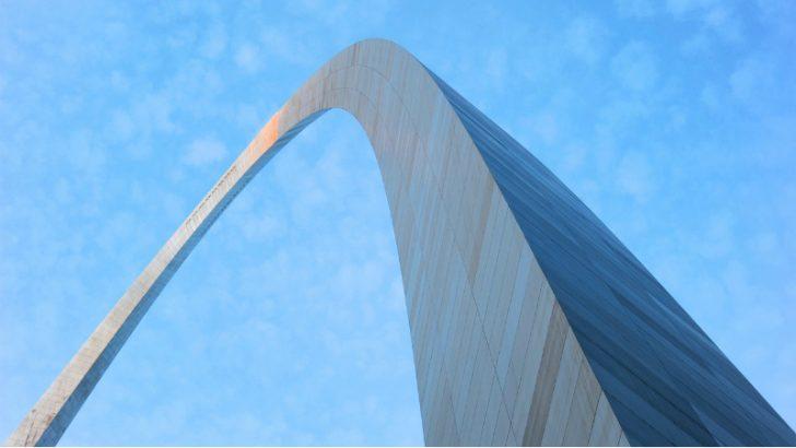 Monument Arch, St Louis MO (Image Source: Pixabay/mlinderer)