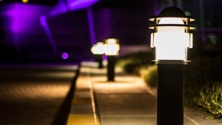 Rmini Street lights up options for BrightSource Energy (Image Source - Bokeh - Pixabay/HamoodiQ8