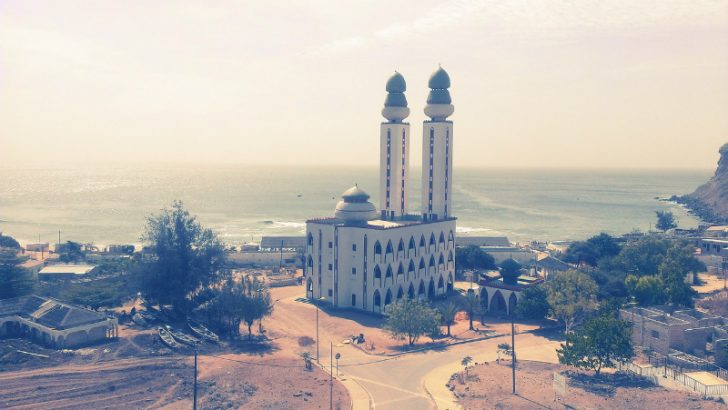 Huawei inaugurates GNOC in Dakar, Fishermans Mosque in Dakar (Image Source Pixabay/MariamS)